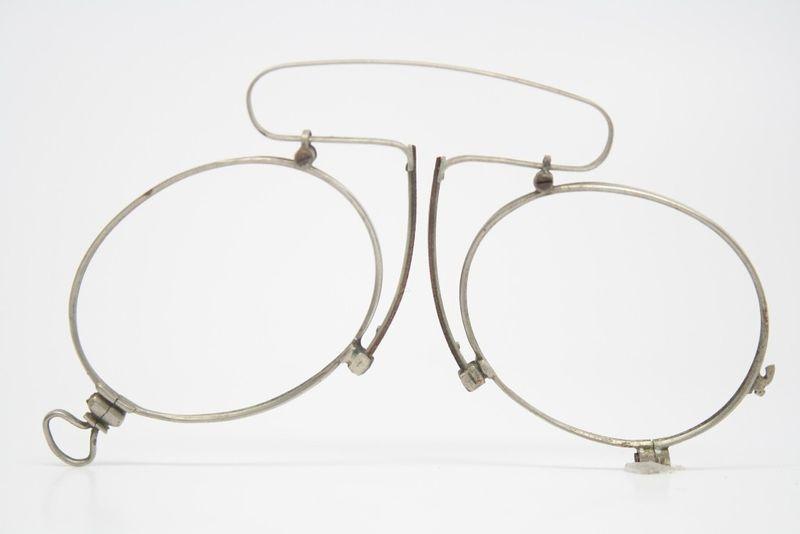 vintage pince nez eyeglasses antique silver spring bridge 1396
