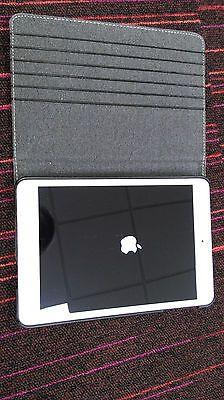 Apple iPad Mini A1455 32gb WiFi Cellular https://t.co/ZrXgye3xvm https://t.co/S5drZwxv9R