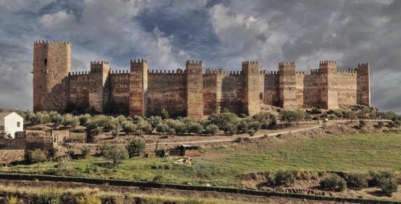 Castillo de Burgalimar - Baños de la Encina, Jaén #burgalimar #bañosdelaencina #jaén #califal #castillo