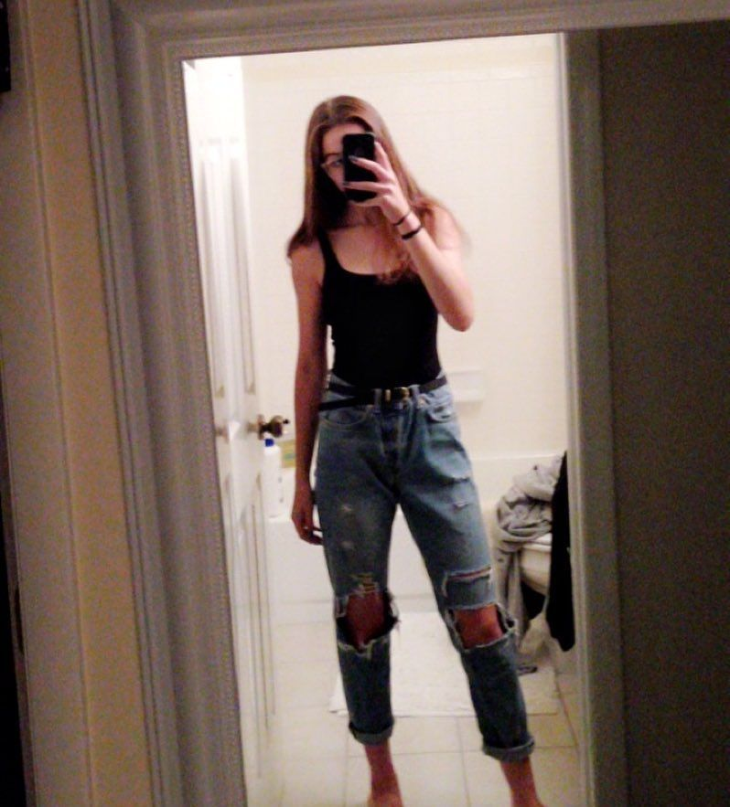 outfit ideas, mom jeans, bodysuit, vintage aesthetic
