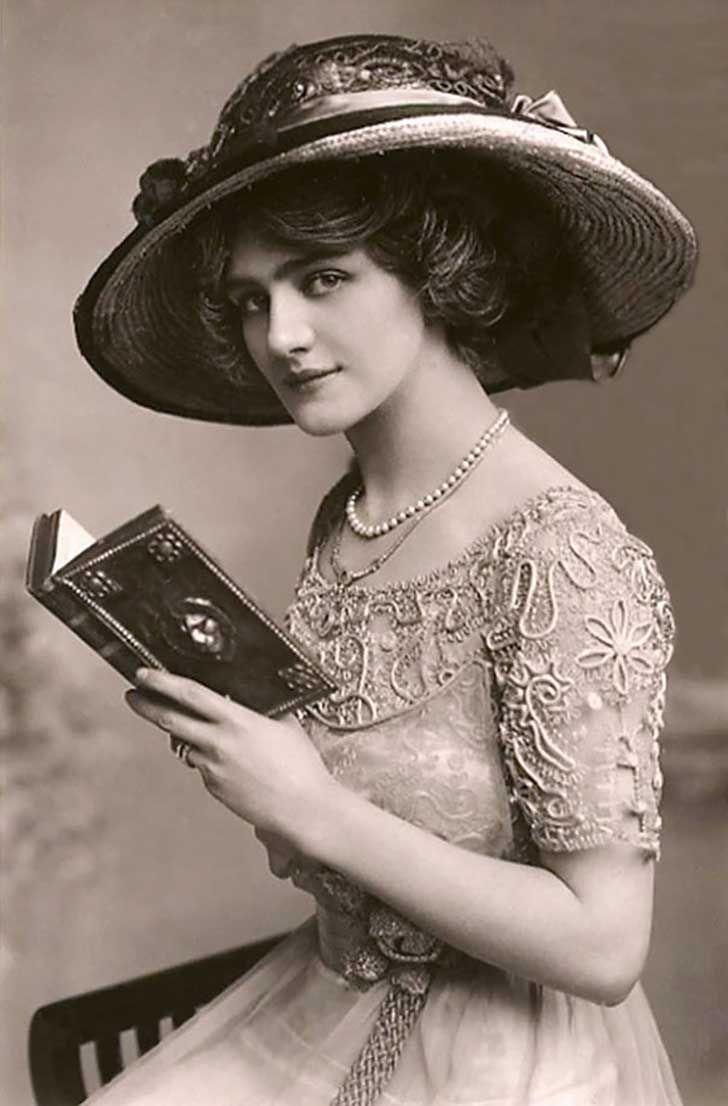 86e485da9a69 La belleza femenina capturada en 30 postales de hace más de 100 años ...