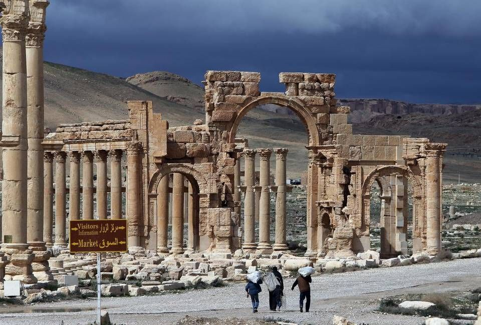 Ladrillo coreano Peatonal  Palmira amenazada por el Estado Islámico | Patrimonio mundial, Palmira,  Monumentos