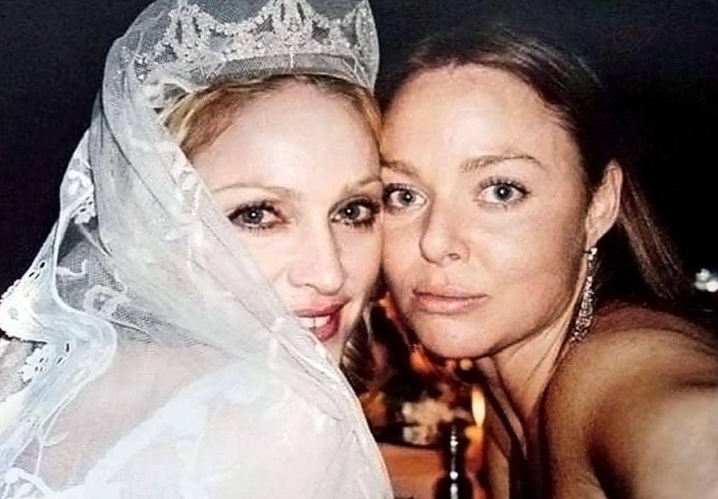 Tiaratuesday Bridal Edition The Stone Set In 2020 Madonna Celebrity Weddings Stella Mccartney