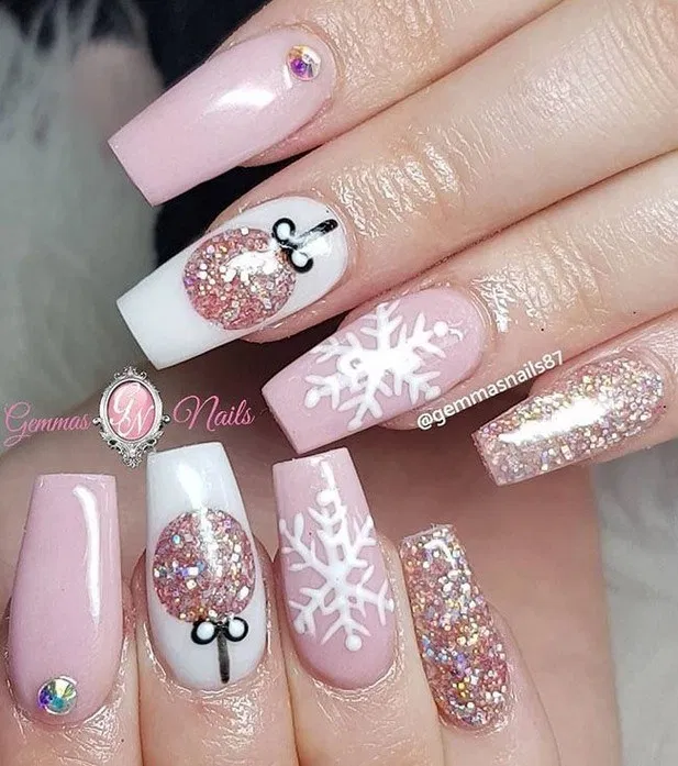 108 Nail Art For Your Chrismast Day Page 2 Homemytri Com Winter Nails Acrylic Cute Christmas Nails Pink Acrylic Nails