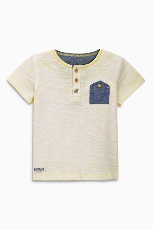 Comprar Camiseta de manga corta con cuello henley (3 meses-6 años) online  hoy en Next  España 3511fd76825bc