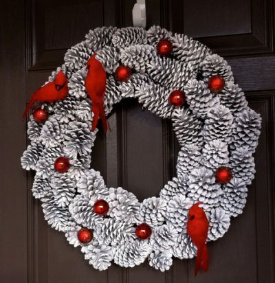 44+ Simple DIY Pine Cone Projects Ideas - Christmas wreaths diy, Christmas diy, Christmas wreaths, Xmas crafts, Pine cone decorations, Christmas decorations - 44+ Simple DIY Pine Cone Projects Ideas