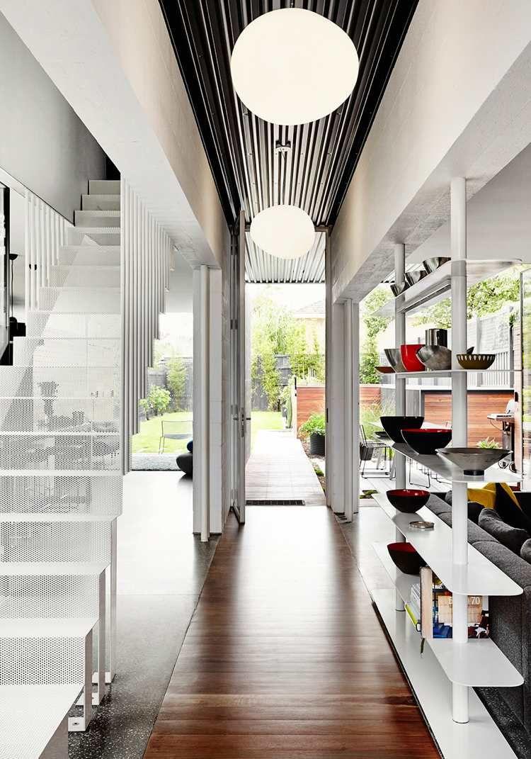 Maison conteneur de design moderne piscine hors sol et rocaille house improvements maison - Maison hors sol ...