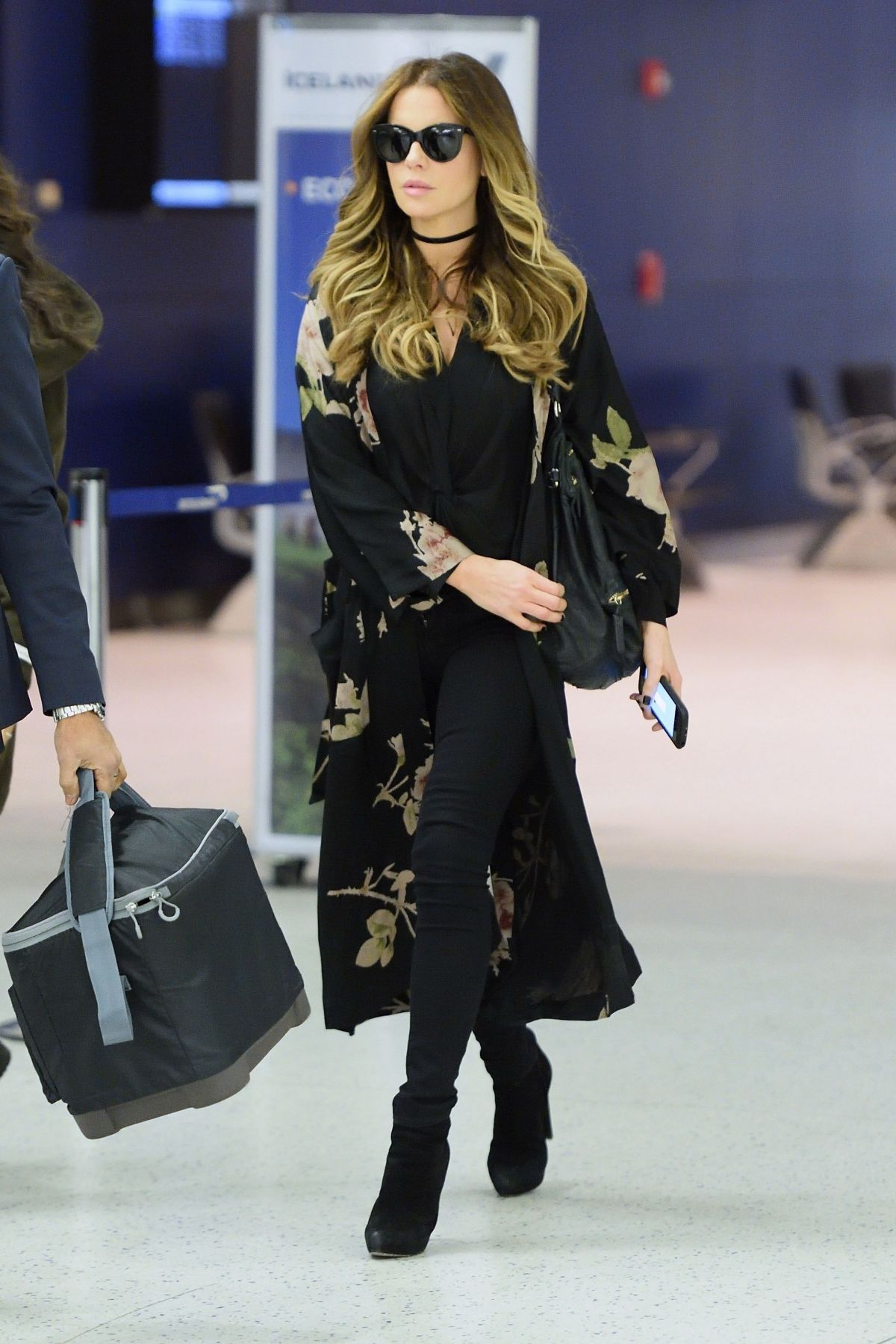 9a74cc2d226 Kate Beckinsale in the Durante Jacket Givenchy