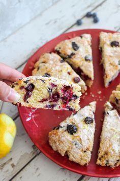 Weight Watchers Lemon Blueberry Scones – BEST WW Recipe – Breakfast – Treat – Snack with Smart Points