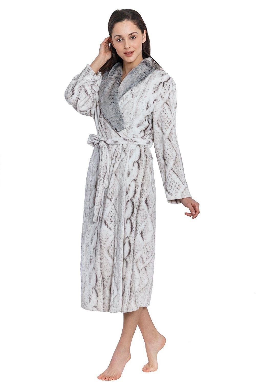 Cozy   Curious Women s Long Faux Sweater Printed Royal Plush Robe ... db922d5fb