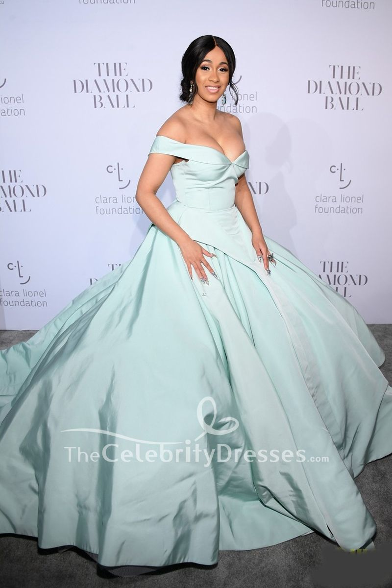 "b709c747320 Cardi B steps out on the red carpet at Rihanna s 2017 Diamond Ball on  Thursday (September 14) at Cipriani Wall Street in New York City.The 24-year-old  "" ..."