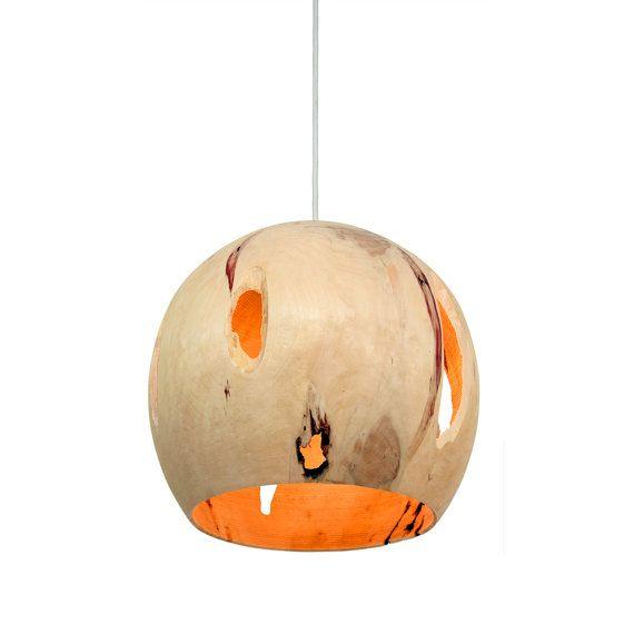Box Elder Wood Hanging Pendant Light: Globe door JeremyDavidsonArts