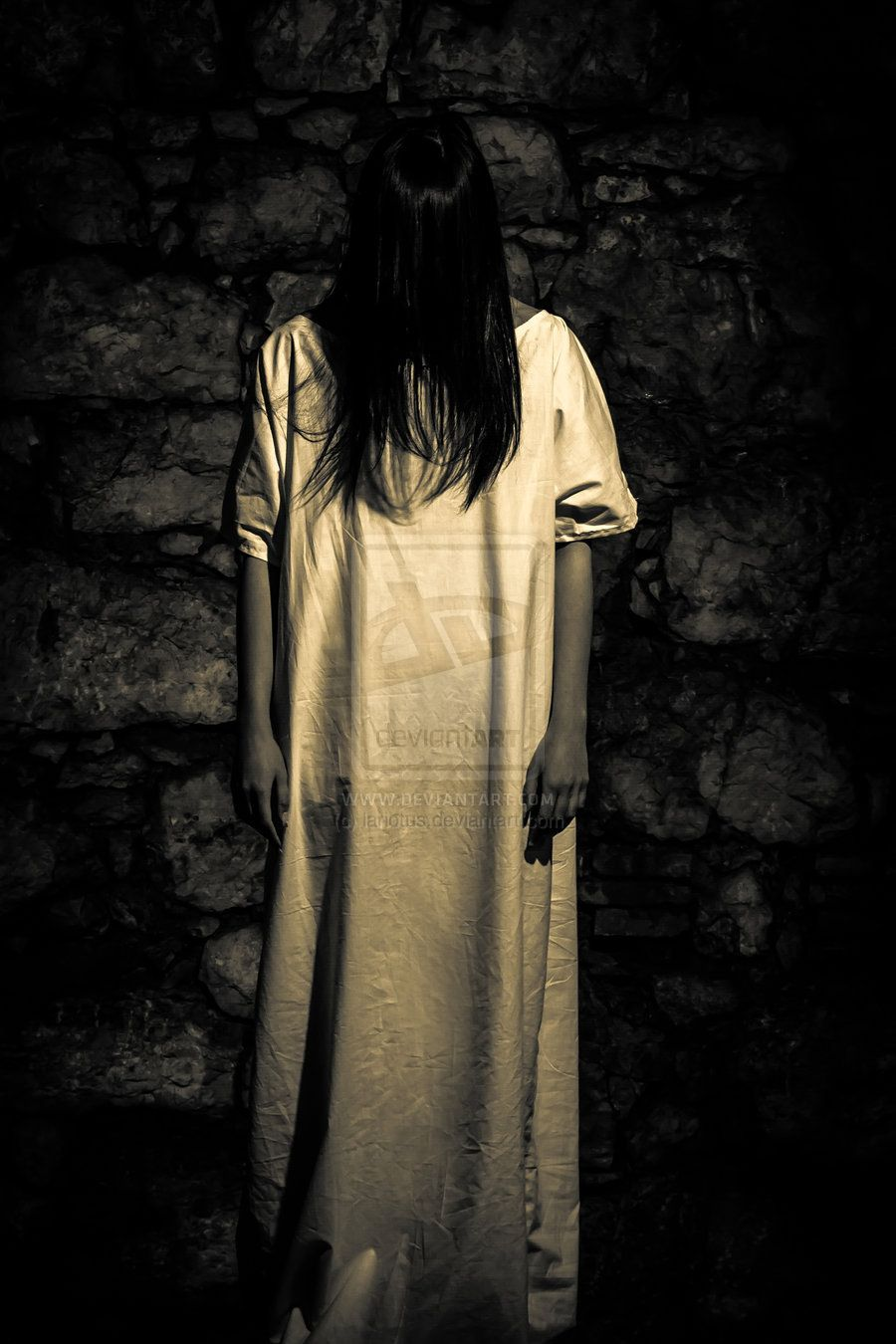 Horror Art Scene Of Scary Woman By Lariotus Photography Macabre