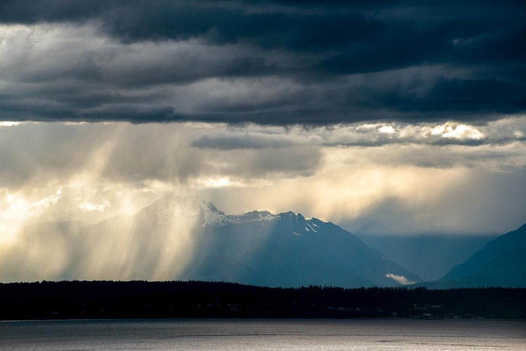 Storm over the Olympic Mountains, WA [OC][1600x1069] : EarthPorn