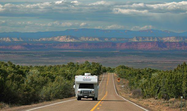 Lockruf der Freiheit: Mit dem Camper durch die USA und Kanada. http://www.travelbusiness.at/reisetipps/lockruf-der-freiheit-mit-dem-camper-durch-die-usa-und-kanada/009968/