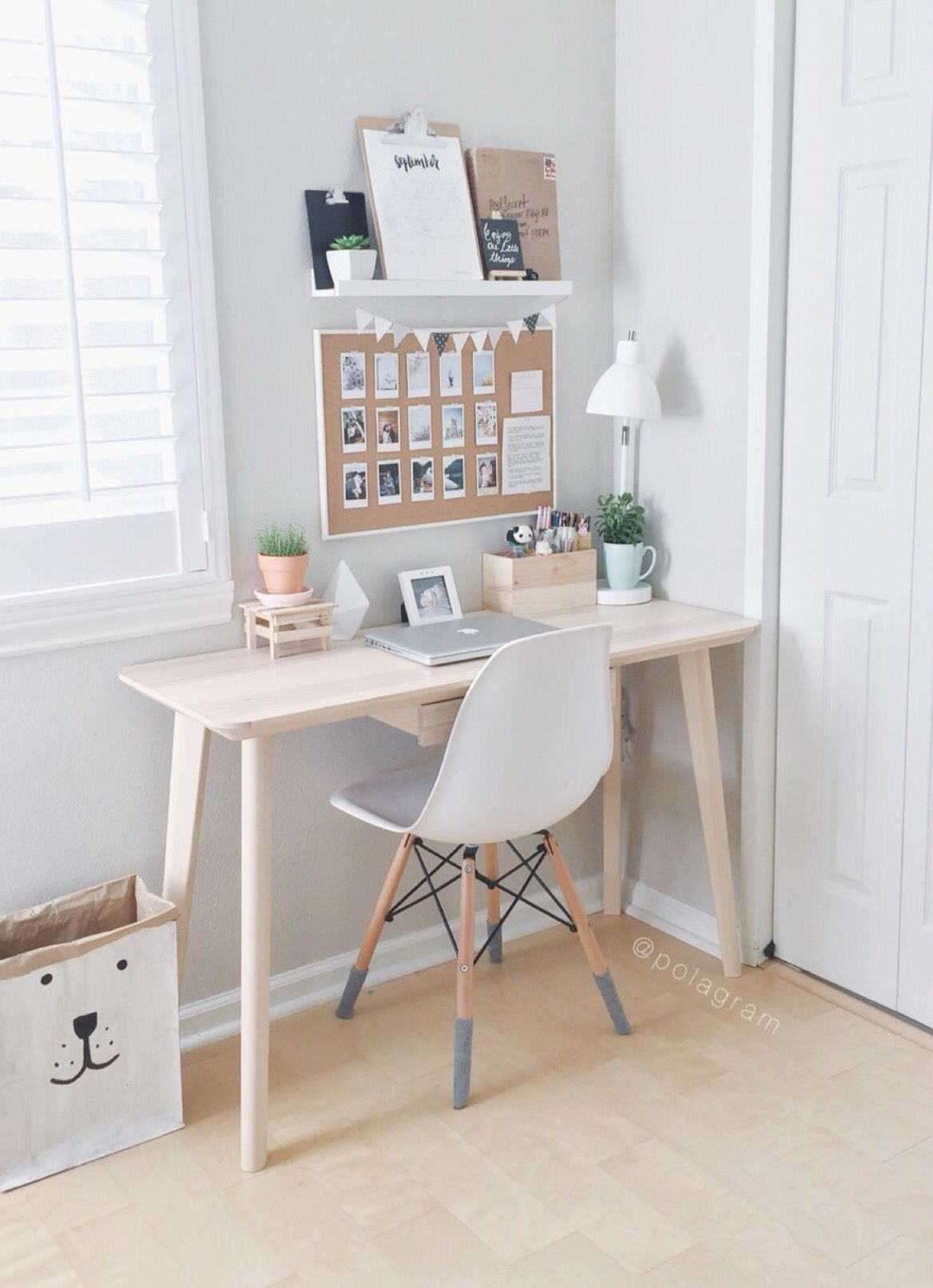Pingl par kristen sur work space pinterest appartements for Bureau cocooning