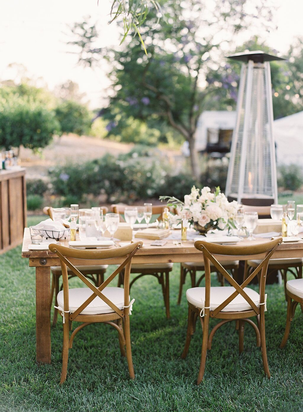 Farm Tables And More San Diego Table Rentals San Diego Wedding Rentals Southern C Rustic Table Decor Wedding Southern California Wedding Table Decorations