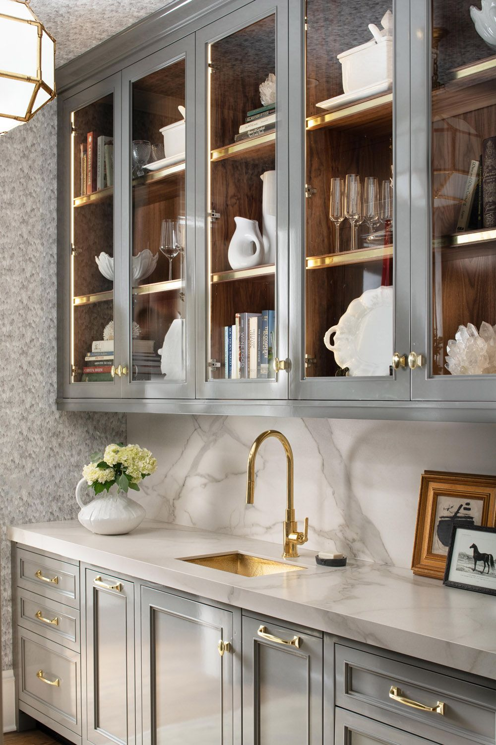 7 Different Ways to Incorporate Stone & Porcelain Into Your Space