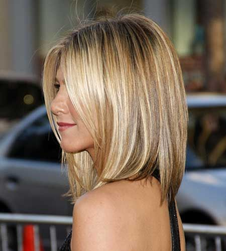Honey Blonde Highlight Medium Bob Hair Cut Short