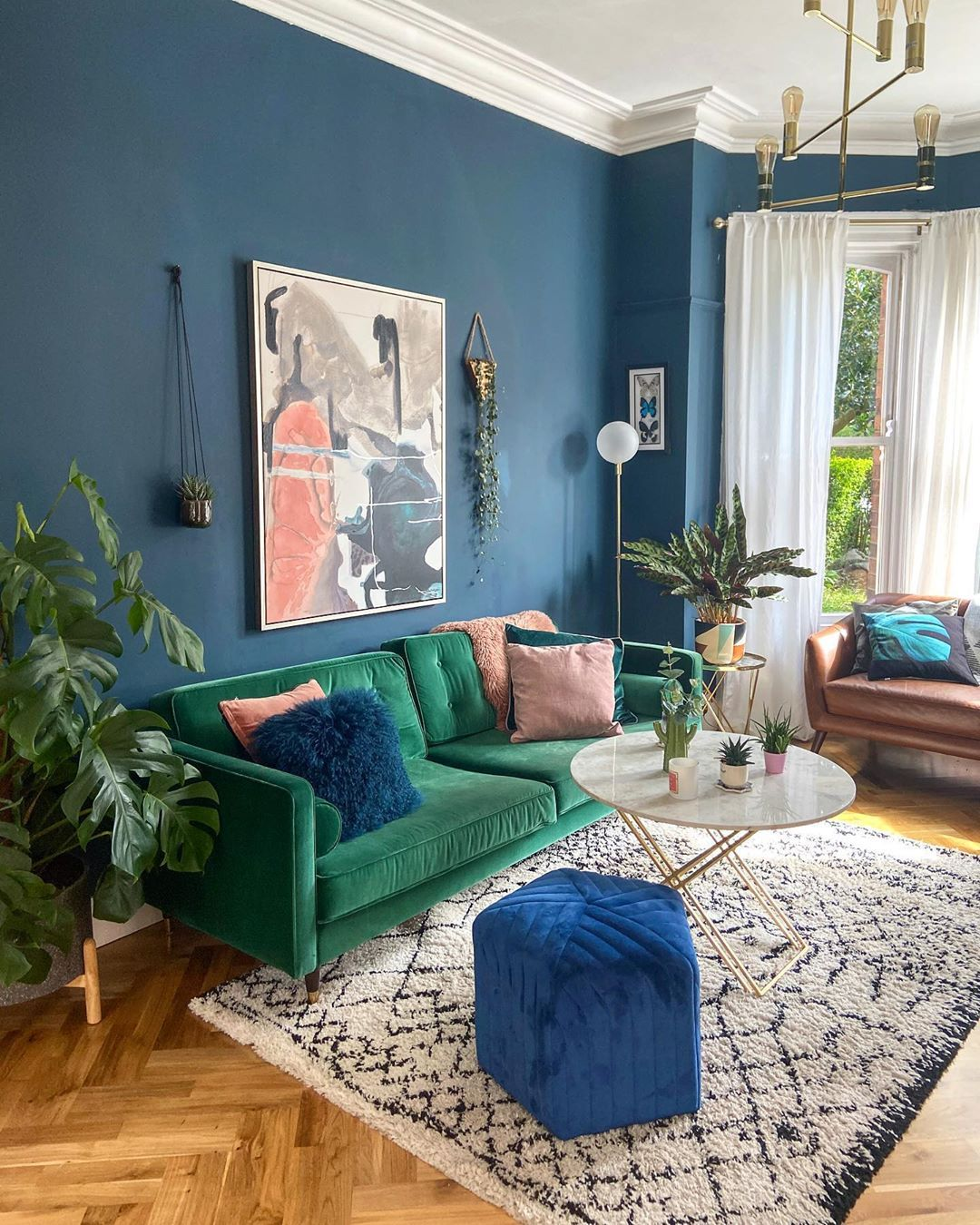 laura magee On Instagram Evening Folks How S It Going This Evening I Have Spent The Green Sofa Living Room Blue Living Room Decor Blue And Green Living Room