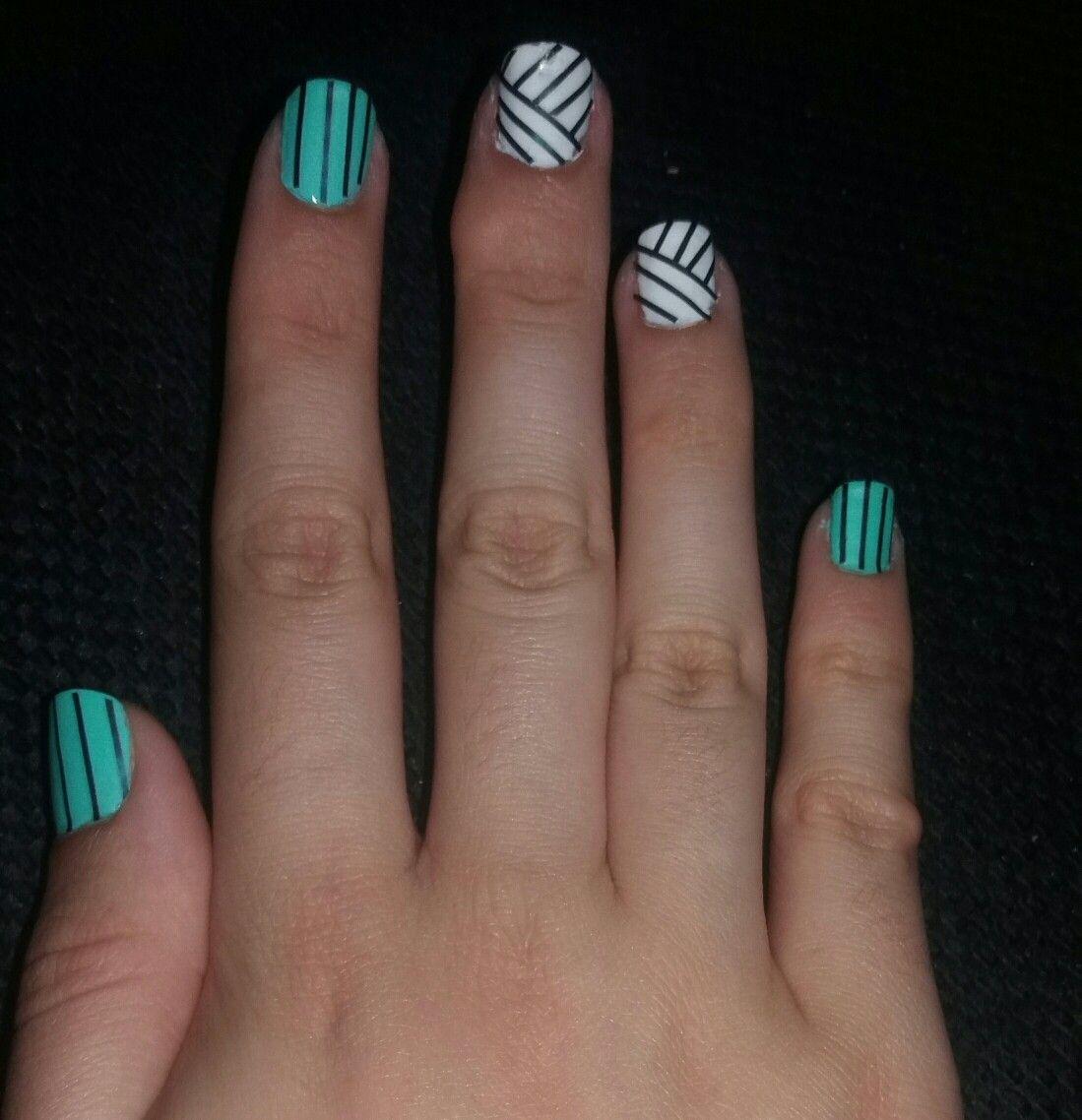 Simple design, perfect for short nails #nailart | Nail Art ...