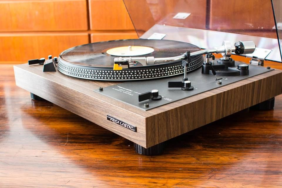Realistic Lab 400 Turntable Tocadiscos Vinilos Amplificador