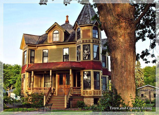 100s Of Victorian Homes Http Pinterest Com Njestates Victorian Homes Thanks To Http Www Njestates Net Victorian Homes Victorian Style Homes Old Houses