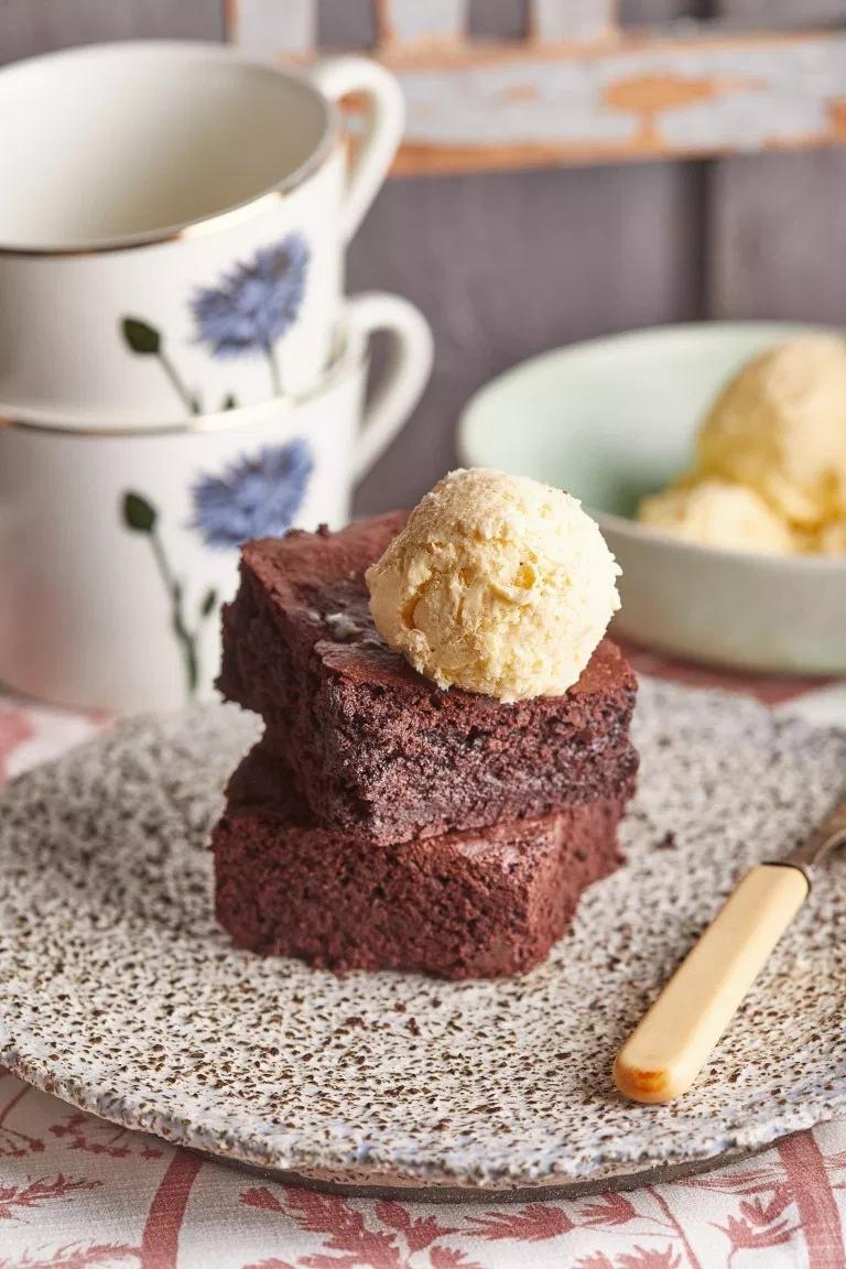A klasszikus brownie receptje Street Kitchen Brownie