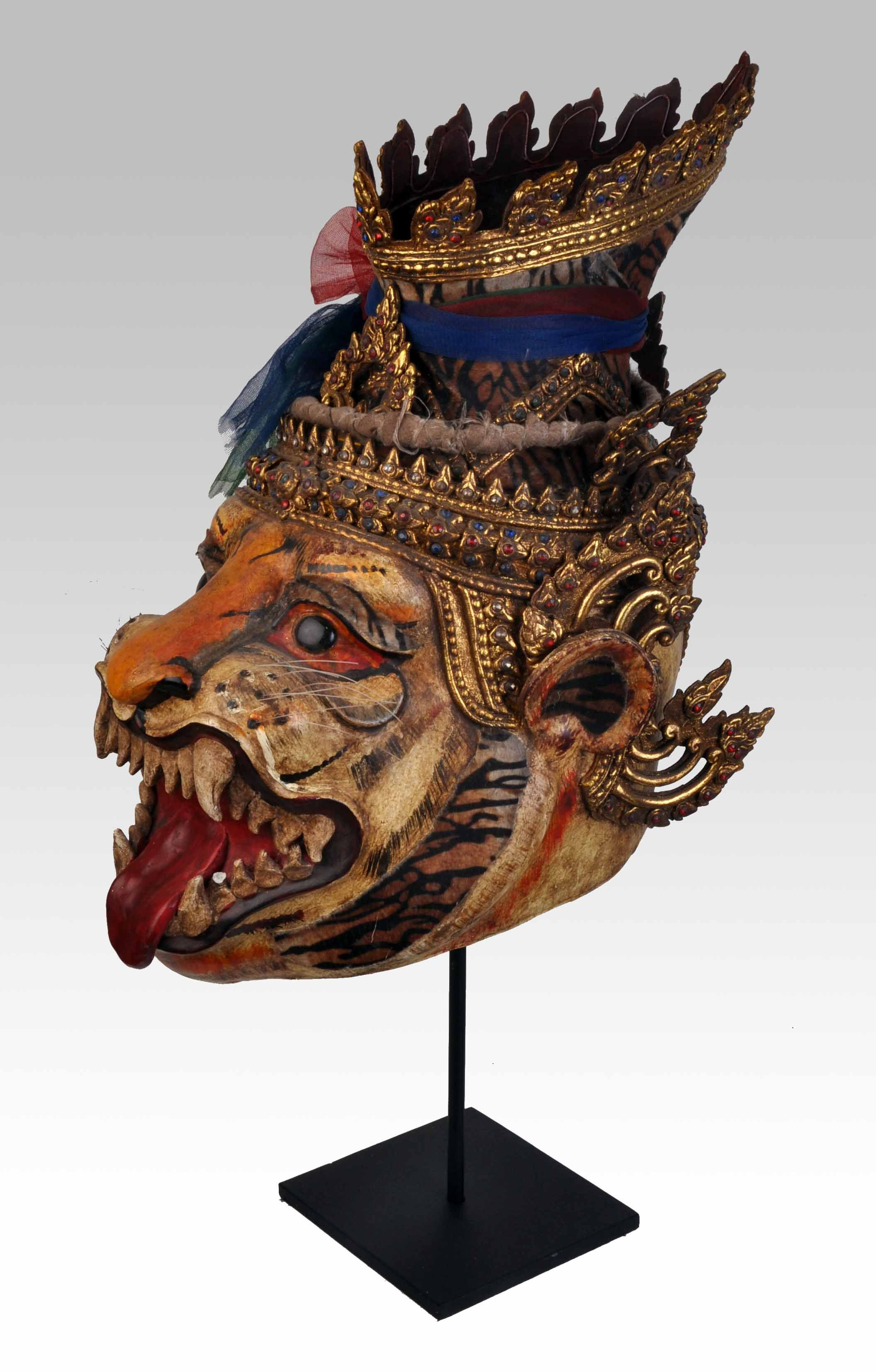 Thai hermit mask with head of tiger ( Lersi na seua )