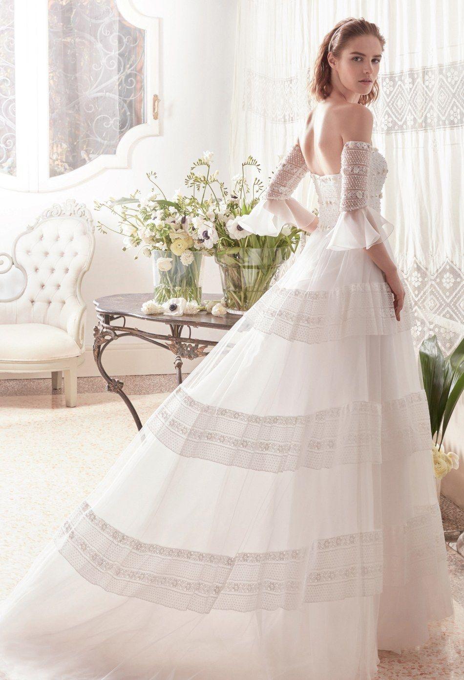 59c9a6106a Abito da sposa stile principessa nel 2019 | Wedding Dresses ...