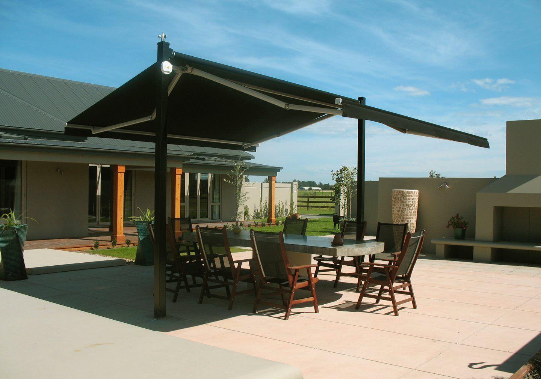 Plaza Canopy Open Providing Shade For The Outdoor Dining Table Pergola Canopy Outdoor Outdoor Shade