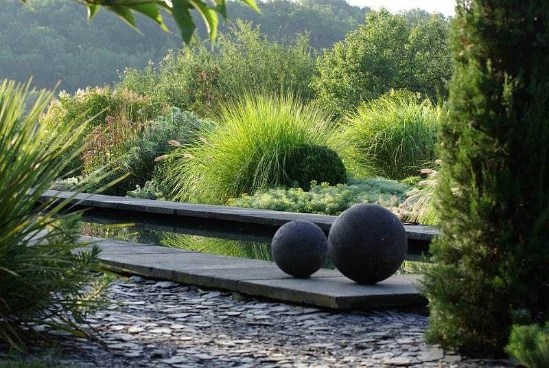 dco jardin boule en mtal ide damnagement extrieur jardin moderne design