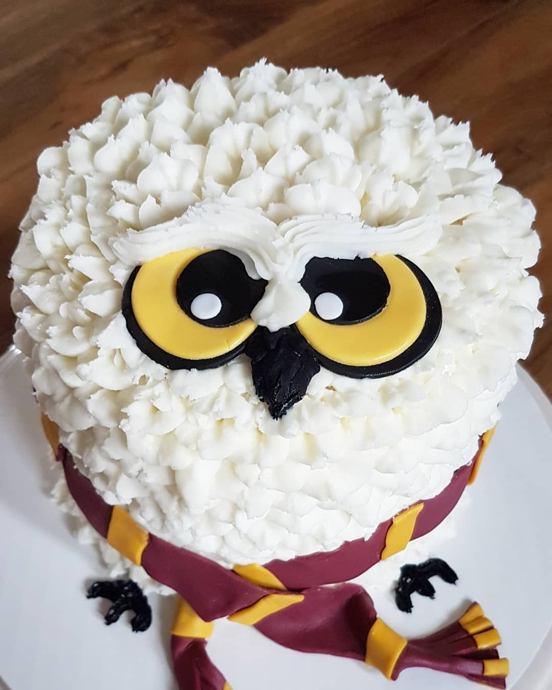 Harry Potter Hedwig Buttercream Cake With Images Harry Potter