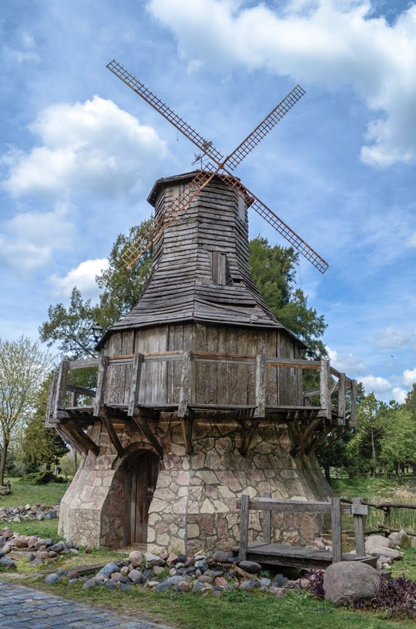 Campanópolis - Medieval Village: Windmill in Buenos Aires ...