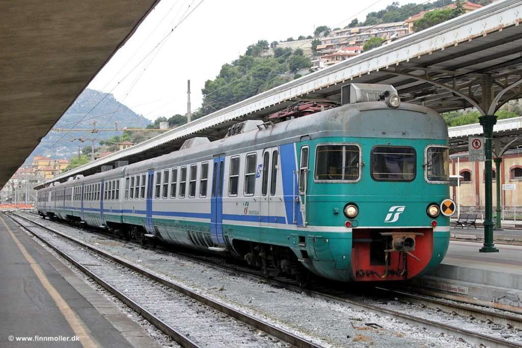 Rivoluzione Trenitalia, cambia il biglietto regionale per i pendolari: ECCO LE NOVITA' a cura di Redazione - http://www.vivicasagiove.it/notizie/rivoluzione-trenitalia-cambia-biglietto-regionale-pendolari-le-novita/