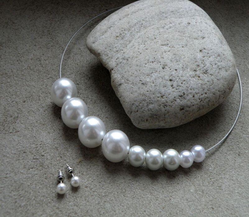 129823a4c Souprava+-+bílé+perly+Jednoduchost+a+elegance+Moderní+náhrdelník+ ...