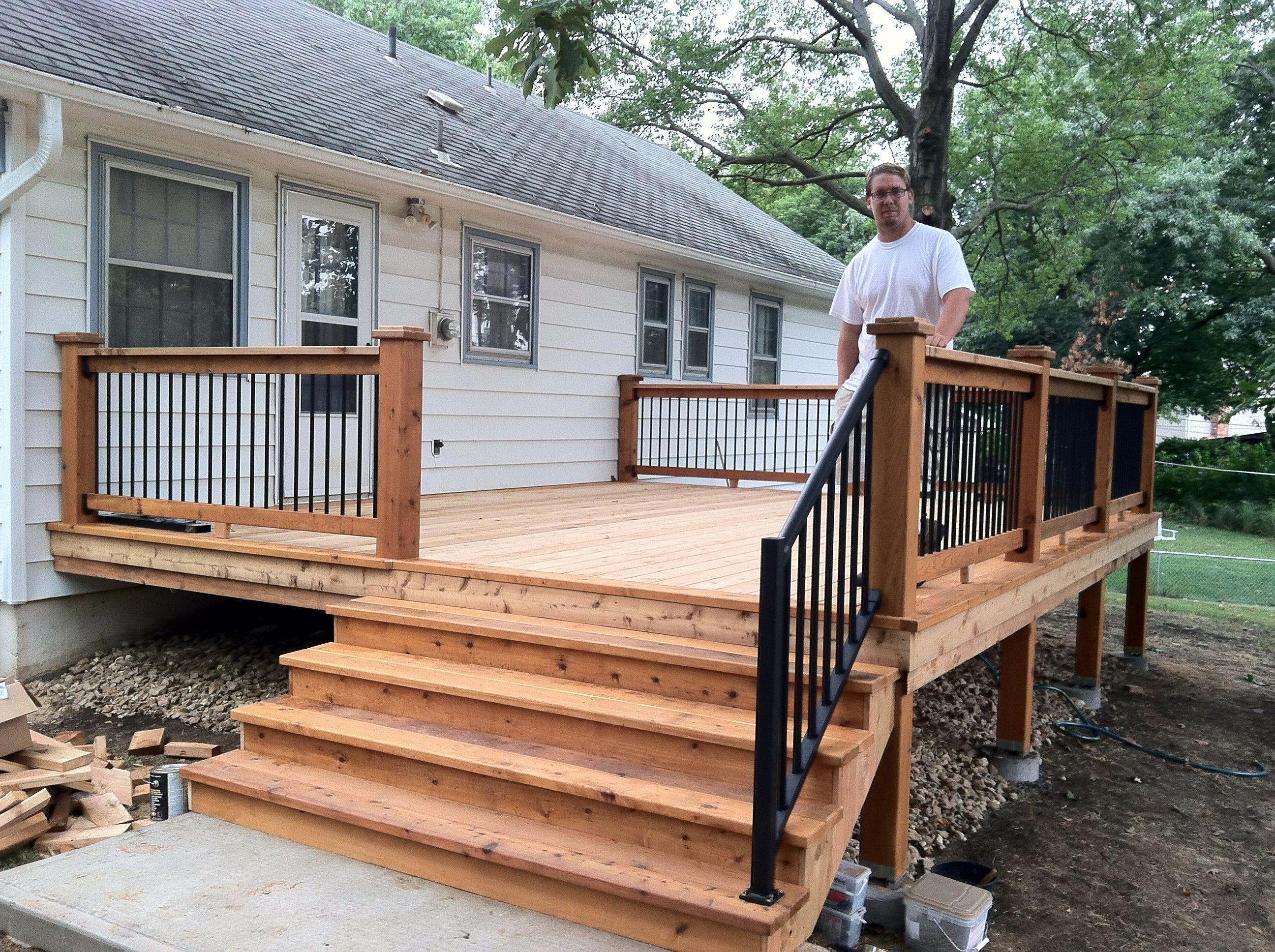 A small back deck. #backyardideasonabudget | Back deck ... on Simple Back Deck Ideas id=75937