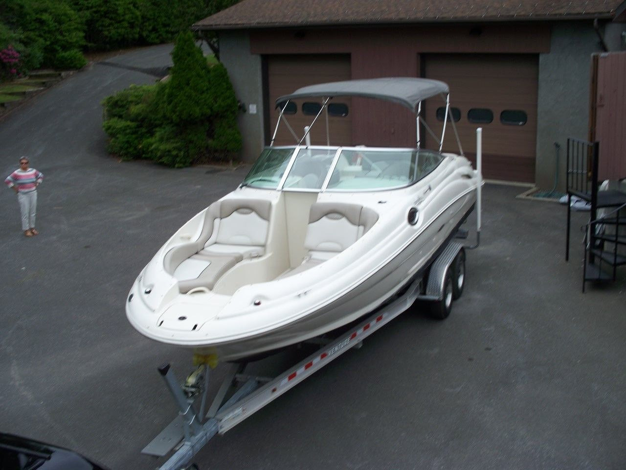Sea Ray Sundeck 270 with Trailer and 496 Mercruiser | eBay