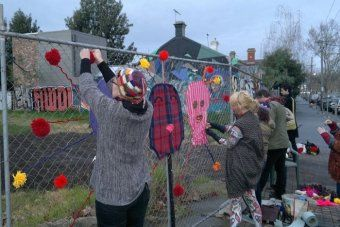 YARN-BOMBING FOR PUSSY RIOT