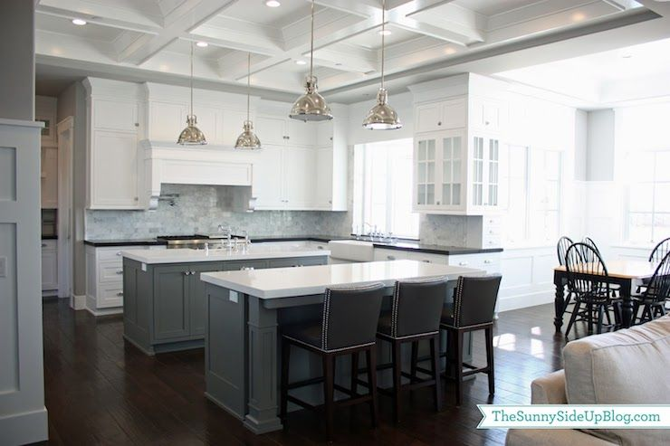 Kitchen Island Quartz ben moore chelsea gray island #paint | combo of black and white