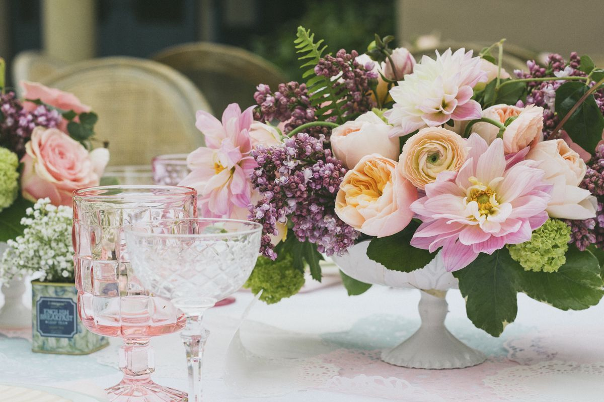 40 fresh ideas for spring centerpieces and table decorations rh pinterest com