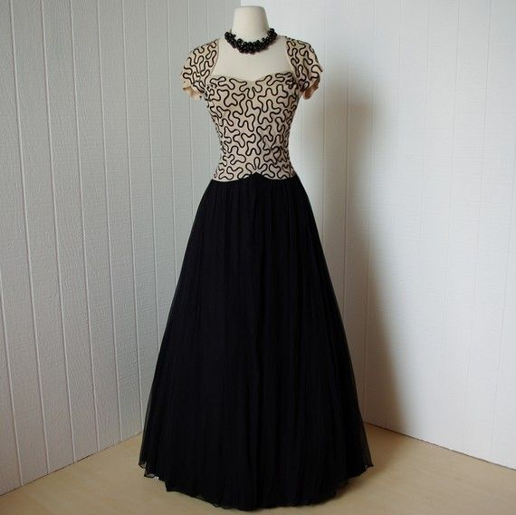 O M G I Want This So Badly Forties Fashion 1940s Dresses Dresses