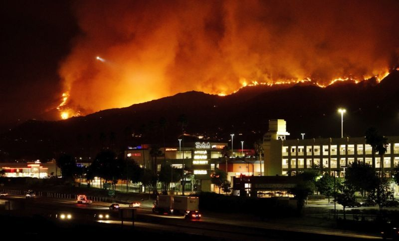 Largest Wildfire In Los Angeles History Forces Hundreds To Evacuate Butte County Los Angeles History National Weather