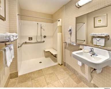 Hampton Inn Suites Reno Hotel Nv Accessible Bath With Roll In Shower Hampton Inn Suites The Hamptons