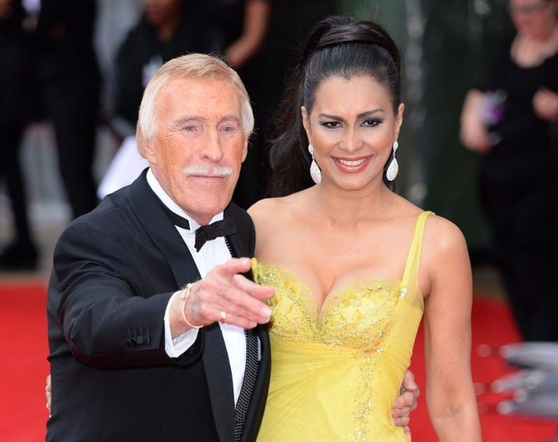 Bruce Forsyth struggling to move after life-saving surgery, wife reveals  Sir Bruce Forsyth's wife, Lady Wilnelia, has spoken about about her fears for her husband's health.#BruceForsyth http://www.jvzoolaunch.com/bruce-forsyth-struggling-move-life-saving-surgery-wife-reveals/