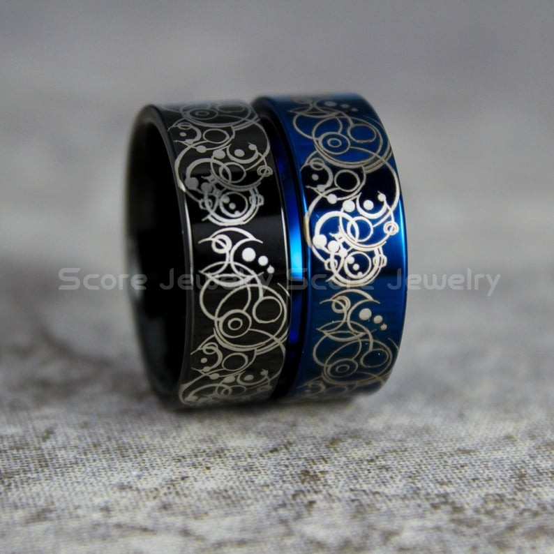 Doctor Who Rings Doctor Who Wedding Rings 2 Piece Couple Set Doctor Who Rings Gallifreyan Rings Doctor Who Jewelry Doctor Who Wedding Bands Doctor Who Wed In 2020 Doctor Who Jewelry