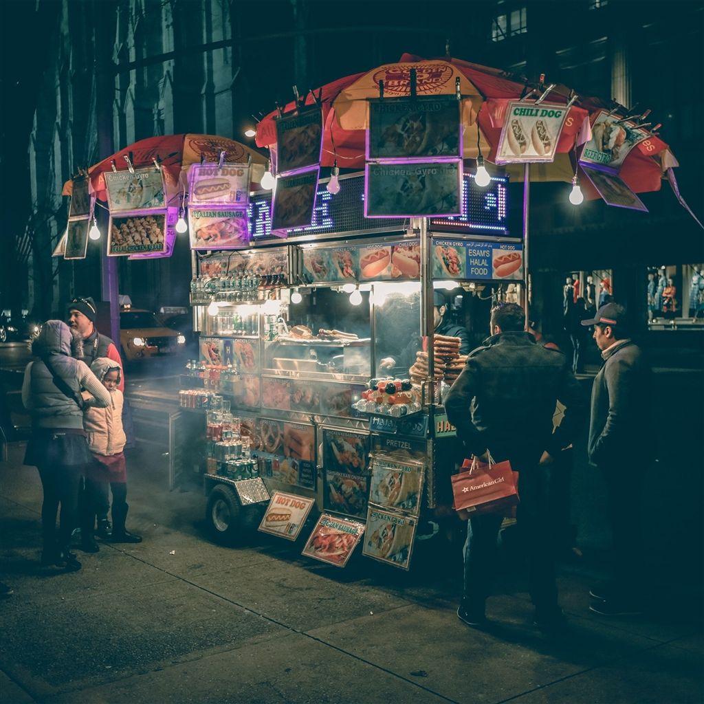Food Truck Hotdog Night City Retina Ipad Air Wallpaper