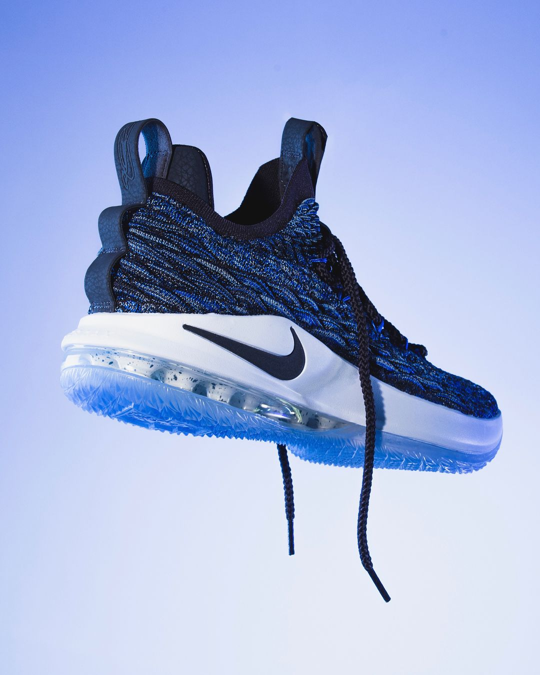 watch 3e0a6 b0ede Nike Lebron 15 Low 'Signal Blue' | Sneakers | Sneakers, Nike ...