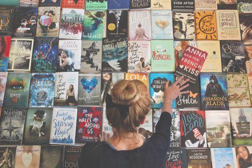 表紙で運命を感じる♡この夏に読みたい小説10選 - Locari(ロカリ)