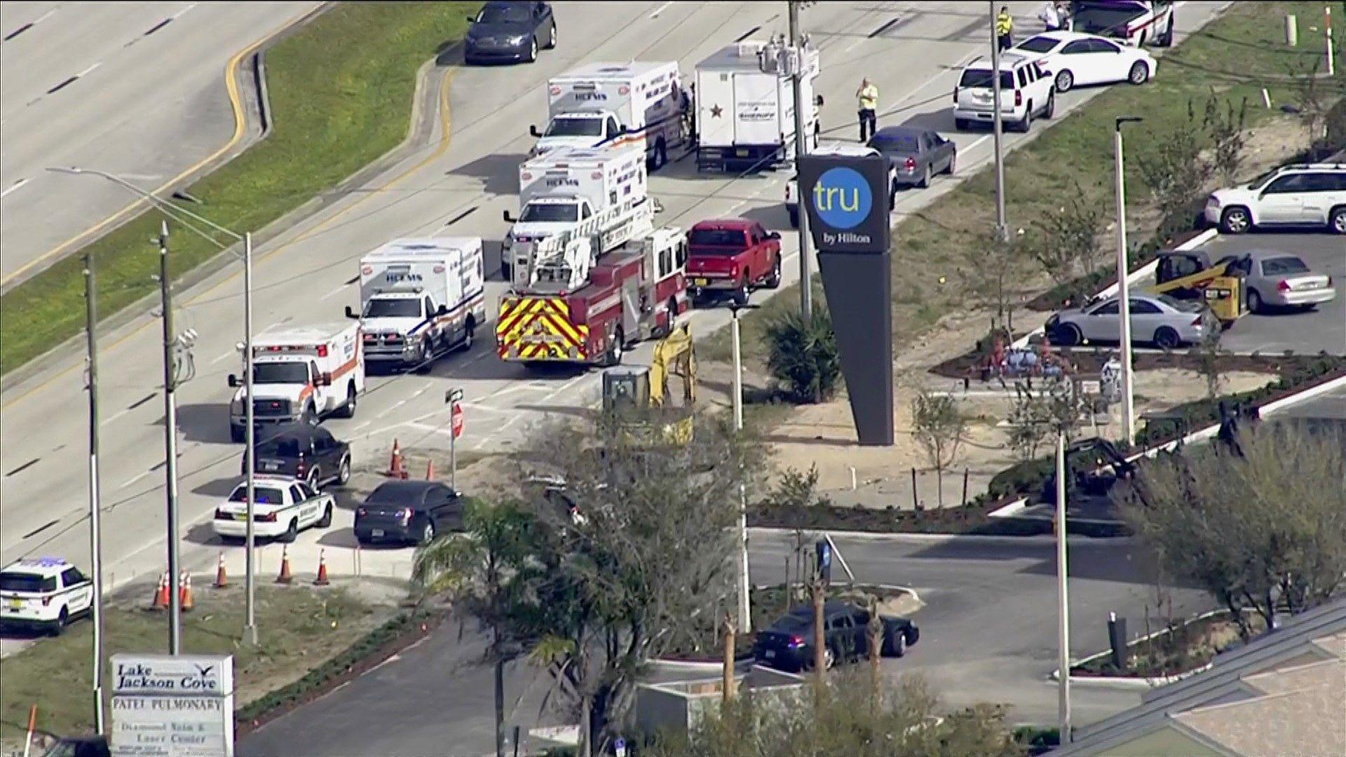 Five people shot dead at SunTrust Bank in Florida, suspect
